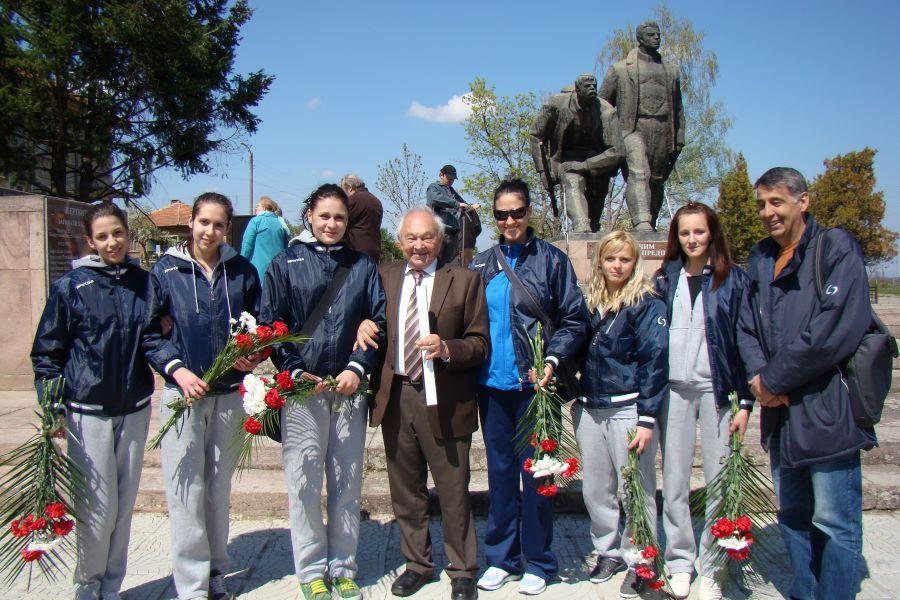 Монтана се сбогува с един от най-големите си дарители - родолюбецът Кирил Маринов